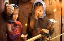 Поређење православне Литургије и папске мисе (видео)