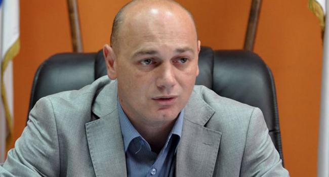 Крстимир Пантић опет у улози адвоката одбране антидржавне политике