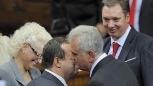 Функционери у Србији пријавили промену имовине. Да ли да им верујемо?