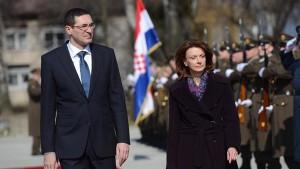 Јосиповић: Хрватска подржава Црну Гору на путу у НАТО и ЕУ!?