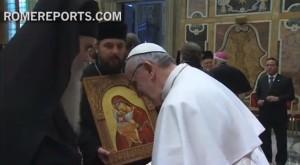 Митрополит Амфилохије на пријему црквених и вјерских делегација код Папе римског Франциска (видео)