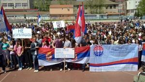Протест стдената Приштинског универзитета у Косовској Митровици (видео)