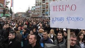 Срби са КиМ не прихватају бриселску издају. Одборници ДС-а са КиМ напустили странку