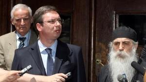 Вучић убедио Сабор СПЦ да ублажи став о КиМ