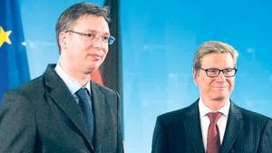 Као награда за предају КиМ, Србију чека економски суноврат