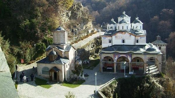 Оскрнављен Осоговски манастир
