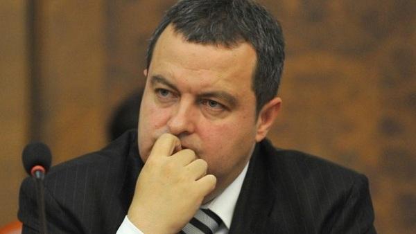 Да ли ће Дачић морати на уласку у Косово да се декларише као туриста?