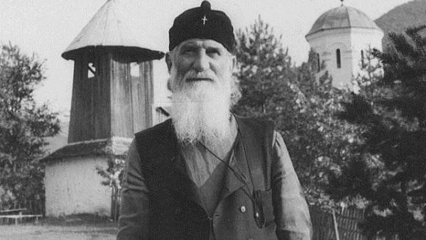 Свети Јустин Поповић: Беседа на Бадњи дан