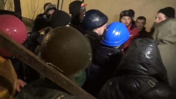 Упад радикалних демонстраната у кијево – печерску лавру (ВИДЕО)