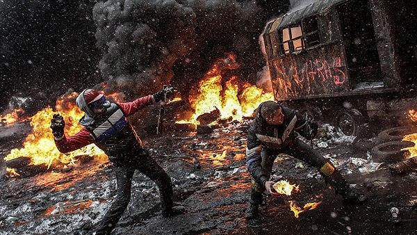 Хаос у Кијеву, неколико мртвих (ВИДЕО)
