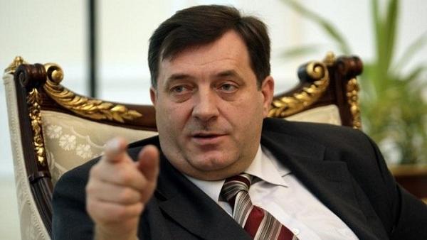 Додик: Циљ немира у БиХ је рушење институција, а политика Србије према САД и ЕУ је сервилна (ВИДЕО)