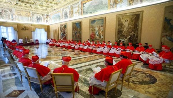 Будај: Прекинути дипломатске односе са Ватиканом