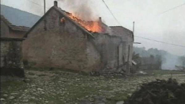 Zapaljena kuca u gruborima