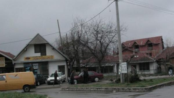 КиМ: Шиптари у селу Клинавац код Клине напали и опљачкали 70-годишњег Србина