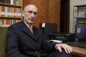 Има ли Србија спољну политику