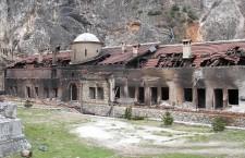 Манастир Свети Архангели код Призрена су страдали 17. марта 2004.г. - 1 [800x600]
