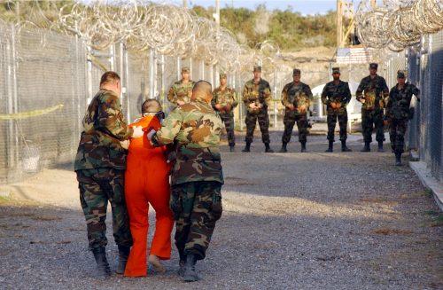 Гуантанамо затвор на Куби пребацивање затвореника