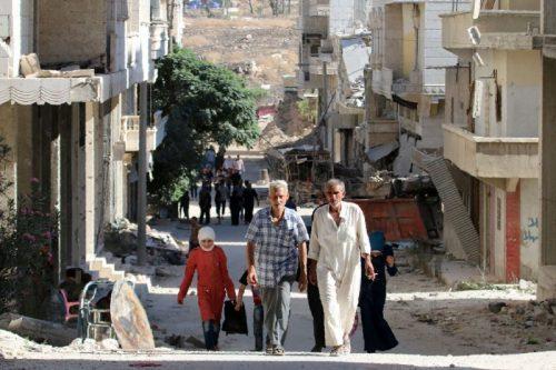 Породице напуштају Алепо, Сирија