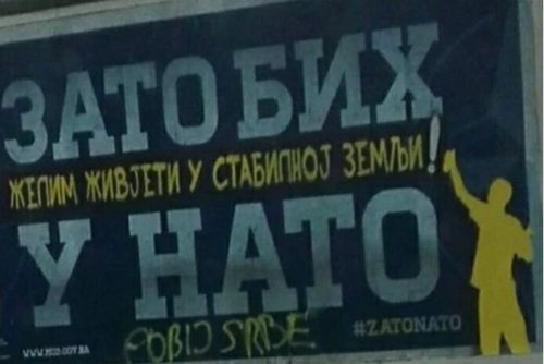 "Источно Сараjево: На НATO билборду исписано ""Побиj Србе"""
