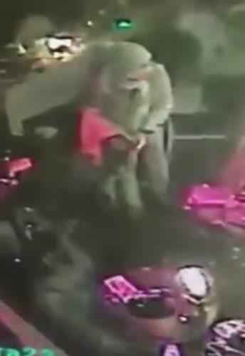 ВИДЕО: Масакр у Инстанбулу 35 мртвих и 40 рањених на дочеку Нове Године у клубу Реина, Бешикташ