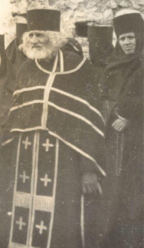 otac Serafim1