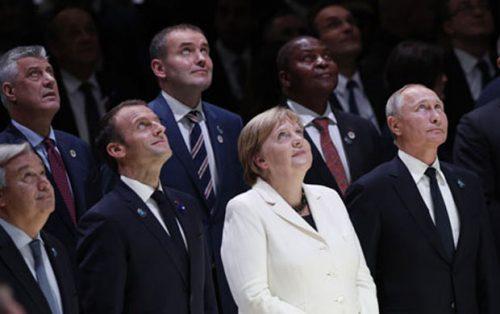 НОВИ СКАНДАЛ У ПРОТОКОЛУ: Тачи поред Путина и на Мировном форуму у Паризу
