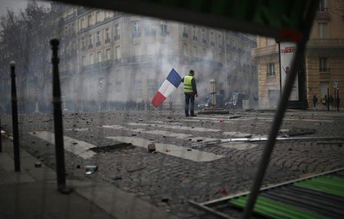 Париз, какав низ, какве преломне године: 1789, 1848, 1871, 1968, 2018…