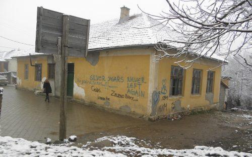 Како Албанци, Приштина и ЕУ на КиМ прогоне и обесправљују неалбанце
