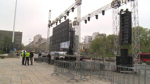 Протест у 15 сати Београду, у Скупштини Србије полиција