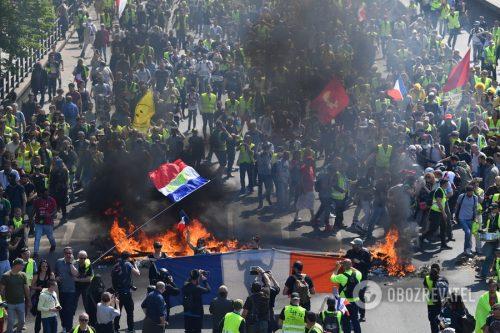 Француска 23. протестна субота – окршаји Жутих прслука са полицијом од Париза до Тулуза
