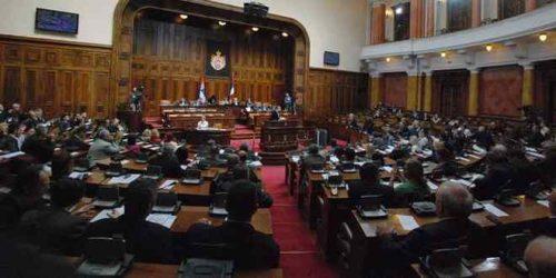 У јеку расправе о београдској гондоли Скупштина усвојила Закон о жичарама који даје већа овлашћења Министарству саобраћаја