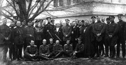 Vrangelov-štab-u-Sremskim-Karlovcima-1924.-godine
