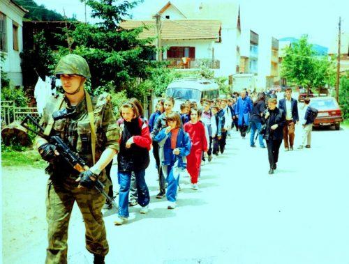 deca na kosovu