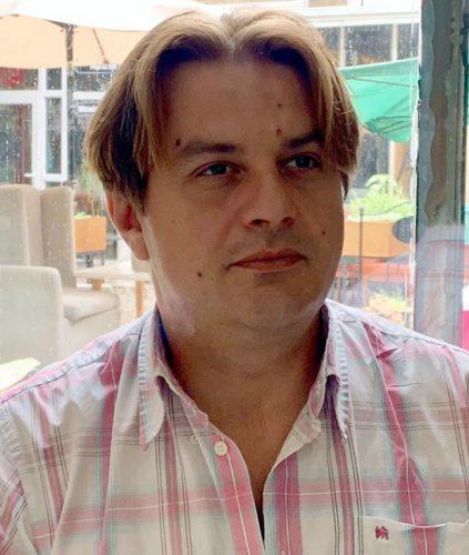 АДВОКАТ ЗАБРИНУТ ЗА ЊЕГОВО ЗДРАВЉЕ: Правосуђе тзв. Косова продужило притвор Златану Крстићу из Крагујевца