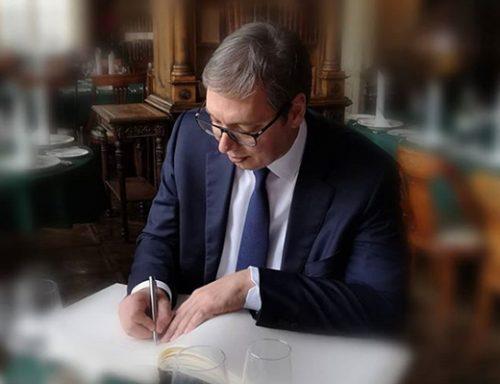 Љубодраг Стојадиновић: Мрзилачка екстаза неписменог председника