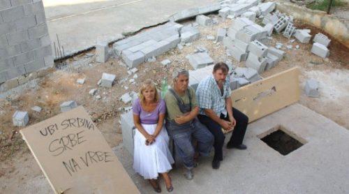 Код Задра каменоване куће српских повратника