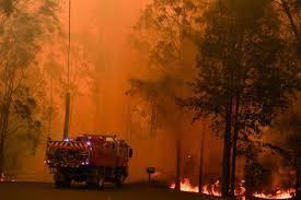 Велики пожар на око 60 километара од Сиднеја, у граду се све теже дише