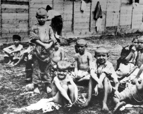 Свуда око мене су се превијала мала деца у боловима: Јово Ковачина је као дечак прошао кроз пакао логора НДХ у Сиску