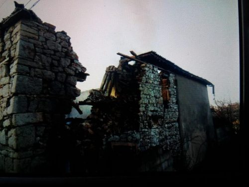 orahovac_zapaljena_kuca_1-rotated