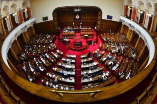 Осам посланика упутило захтев за седницу Народне скупштине: Вратити Србију у уставни оквир