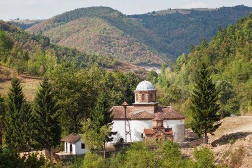 ВАЉЕВСКА ГРАЧАНИЦА И ЊЕНА ТУЖНА СУДБИНА: Мало је познато да је потопљени средњевековни храм дуго био покривен чудотворном липом