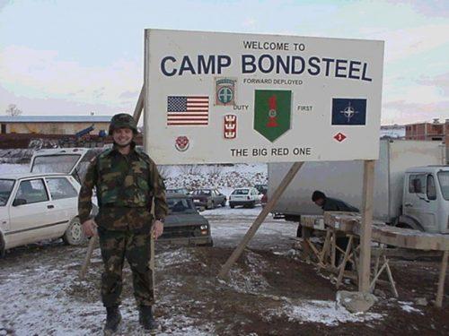 Америчка база Бондстил жарижте корона вируса на централним Космету