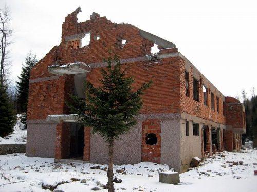 Уништенo 25 караулa Војске Србије!