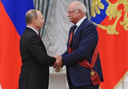 Михалков и борба унутар руске елите