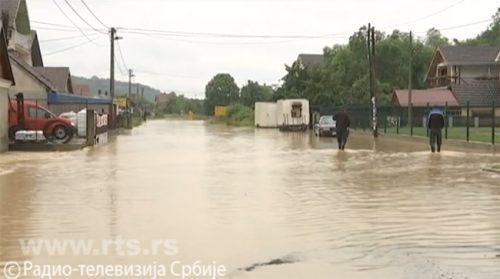 Бујица срушила мост код Љубовије, жандармерија у Осечини, ванредна ситуација у четири општине