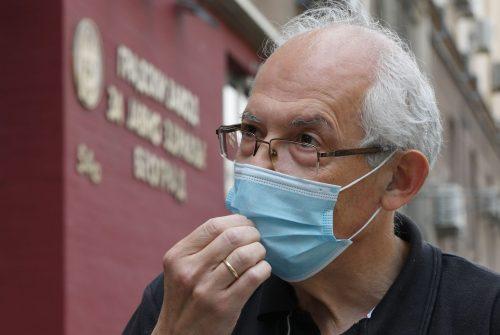 Деценија неповерења: Кону не верујемо од свињског грипа