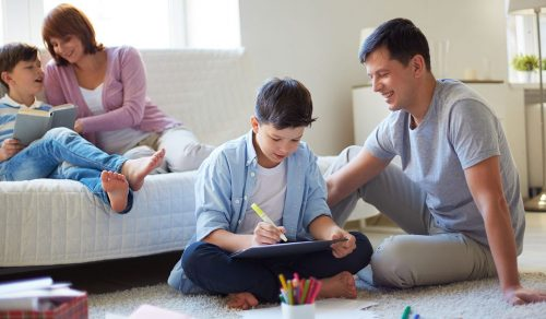 О здрављу деце имају обавезу и право да брину само родитељи