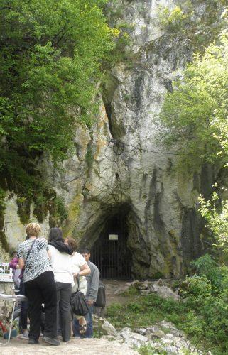 Улаз у пећину Радавац