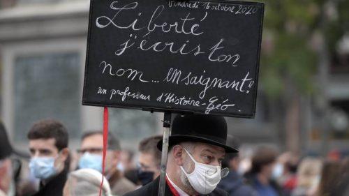 Парижани одали пошту професору историје коме је исламиста одрубио главу