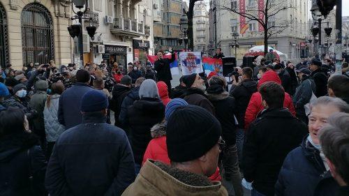 Protest-gradana-Kostic-da-napusti-celo-SANU